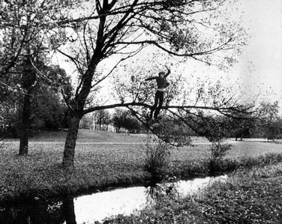 Bas Jan Ader Broken fall (Organic) 1971